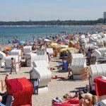Wer einen Strandkorb ergattern will, muss sich in diesen Tagen beeilen.