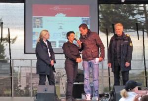 """Die Crew von der """"Küstenwache"""" mit Moderator Matthias Killing"""