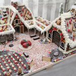 Ein Favorit für die Siegerkür: Karls Erlebnishof, realitätsnah aus Lebkuchen gebaut