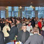 Dicht gedrängt lauschten rund 400 Gäste den Worten des Bürgermeisters und des Bürgervorstehers