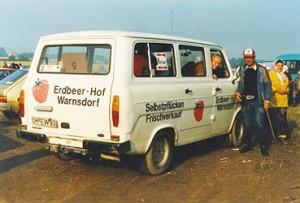 Erfolg mit der Direktvermarktung: Erdbeer-Transport im Jahre 1988