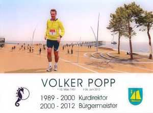 Das Bild zeigt Volker Popp beim Jogging über die Promenade.