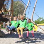 Ganz klassisch mit Schwung: Schaukeln in Karls Erlebnis-Dorf