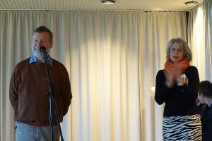 Die Gastgeber Peter Kappel (Kleine Waldschänke) und Helga Vocke (VHS) begrüßten mehr als 100 Gäste