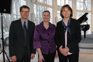 Tourismusdirektor Joachim Nitz, Bürgervorsteherin Anja Evers und die stellv. Bürgermeisterin Gudula Bauer begrüßten die Gäste in der Trinkkurhalle
