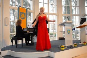 Die Timmendorfer Sängerin Nicole Mühe sorgte für das musikalische Highlight