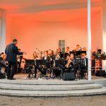 Zum Festakt am Abend spielte die OGT-Big Band