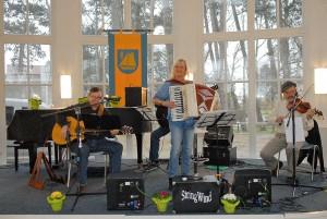 Die Folks-Gruppe Stringwind sorgte für angenehme musikalische Unterhaltung