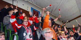 Riesenjubel nach Auswertung der Stimmen: mehr als 80% entschieden sich für die Halle (Foto: S. Dittmann)