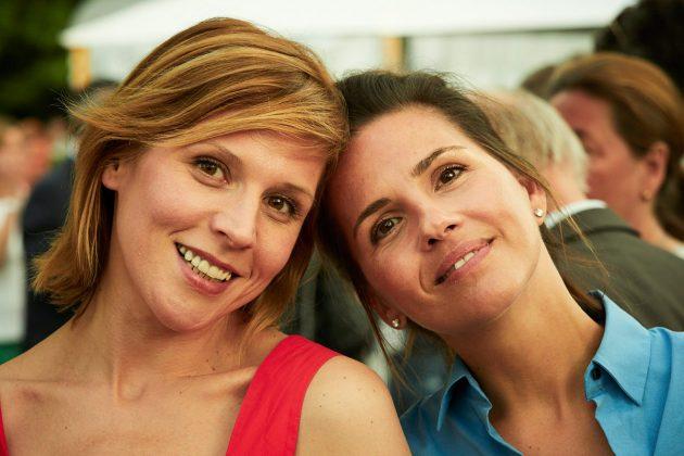 Schauspielerin Franziska Weisz und Designerin Carolin Sinemus © barefoot Hotel Bob Leinders