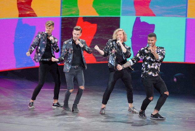 """Stimmung mit """"Feuerherz"""" beim ZDF-Sommer-Hit-Festival © Susanne Dittmann"""