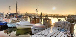 Hafenromantik im Winter: Jetzt kann man das Meer in Ruhe genießen © Bernd Schmidt