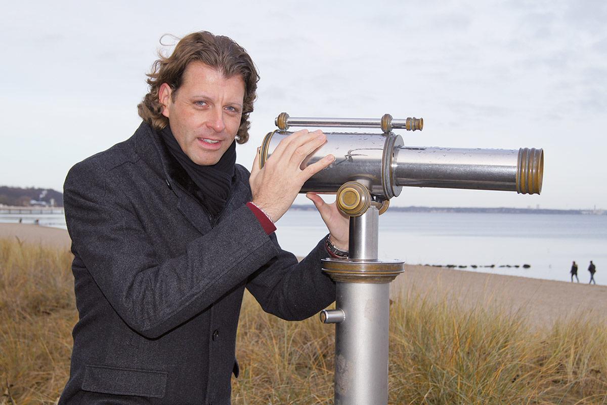 Robert Wagner, 40jähriger Regierungsamtsinspektor aus Aachen, kandidiert bei der Timmendorfer Bürgermeisterwahl am 22. April.