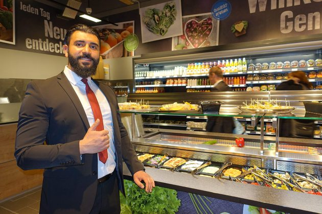 Eine Köstlichkeit für sich ist das Antipasti-Buffet, hergestellt von ZAEEN's Antipasti und präsentiert von Geschäftsführer Ali al Mohammed