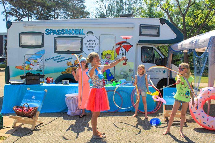Ganz neu ist das Spaßmobil mit lustigen Spielen auf Abenteuertour in Scharbeutz und Haffkrug (Foto © TALB)