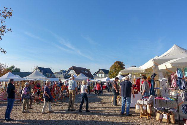 GroÃe Auswahl, viele Ideen - und alles handgemacht: rund 60 Aussteller zeigen ihre Produkte im Niendorfer Hafen - bis Sonntagabend, 14. Oktober