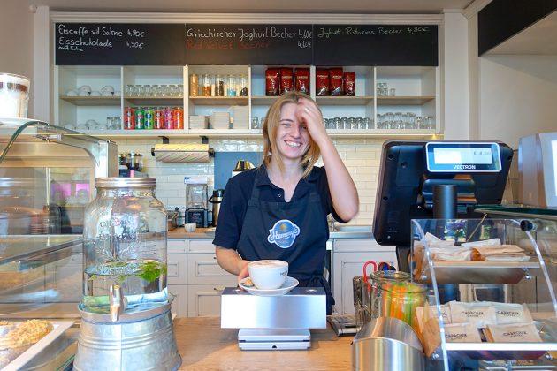 Das kleine Eis-Café lockt schon seit Juni Kenner und GenieÃer auf âHemmyâs Seehofâ