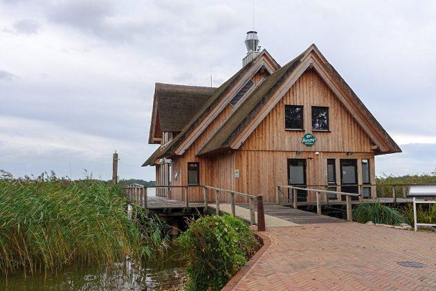 """Eine Naturschönheit: """"Hemmy's Restaurant"""" steht auf einer 350 qm-Plattform und ist Blickfang des Leuchtturmprojekts am Hemmelsdorfer See"""