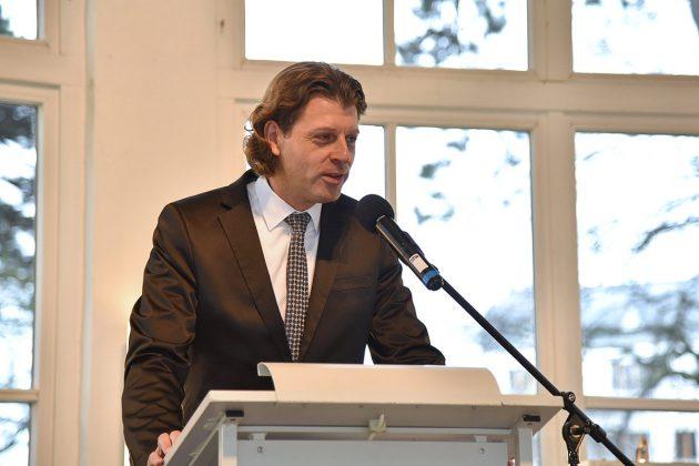 Locker, fröhlich und optimistisch gestaltete Robert Wagner seine erste Neujahrsrede als Bürgermeister von Timmendorfer Strand.