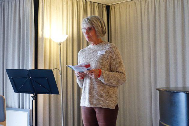 Helga Vocke, Vorsitzende der Klingberger Volkshochschule, stellte das neue VHS-Programm vor.