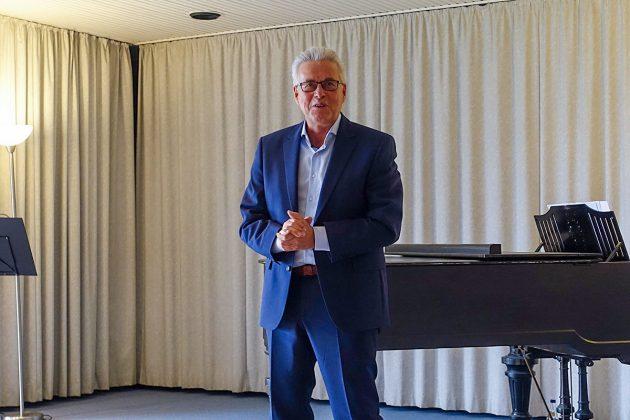 Bürgermeister Volker Owerien wandte sich mit einer sehr emotionalen Rede an die Klingberger, deren Kulturverein er seit jeher sehr engagiert unterstützt hat.