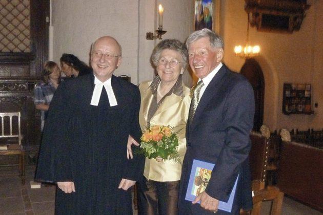 Eine Feier in der Kirche zur Goldenen Hochzeit von Helga und Karl-Heinz (Carlos) Schütt